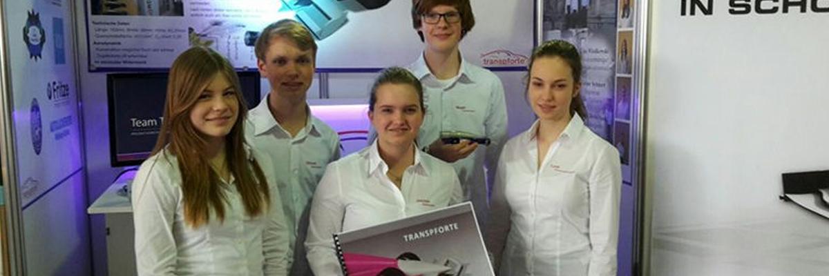 """Formel-1 in der Schule: Dank und Neues vom Team """"Transpforte"""""""