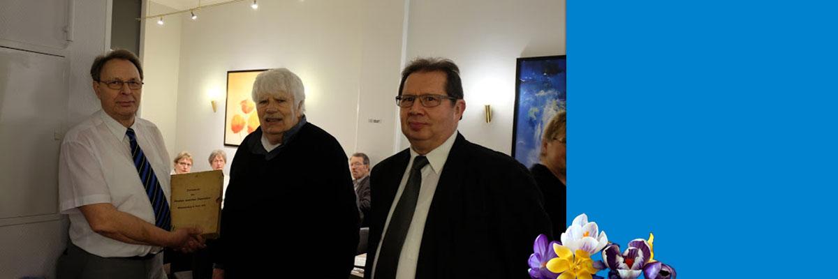 10 Sonderdrucke an die Bezirksgruppe BLK im Halleschen BV des VDI übergeben
